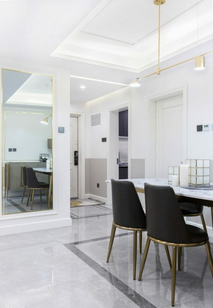 APARTAMENTO COM DESIGN INTERIOR DO NORTE BRANCO COR BRANCO