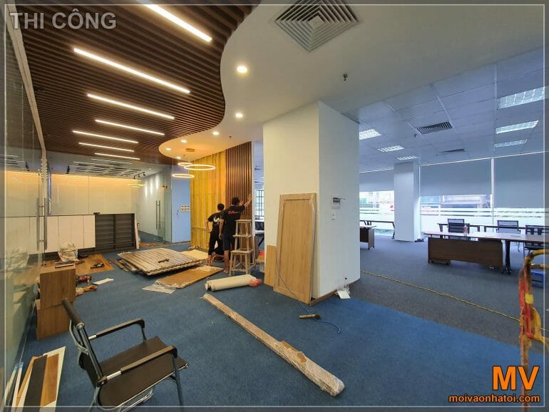 Construction and installation of main office furniture