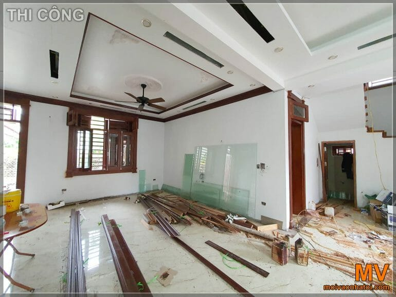 construction of the lobby of the neoclassical villa